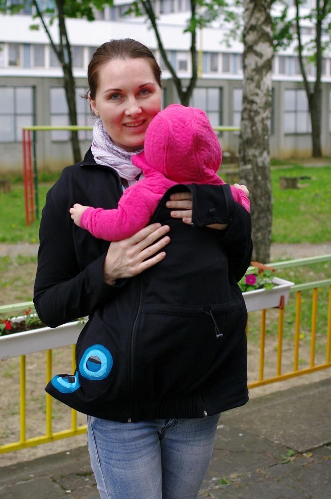 Výherkyňa hlavnej ceny - tehotenskej a nosičskej mikiny od firmy Jožánek.